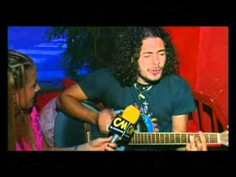 Raly Barrionuevo video La vírgen milagrosa - CM Folklore 2002