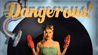 Video VOILA! Flip flops - NEW MUSIC VIDEO!