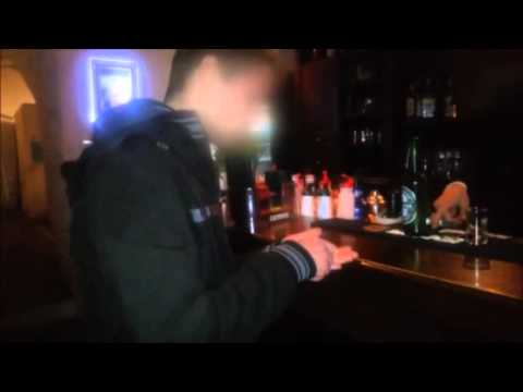 Disposizione di medicine di alcolismo per