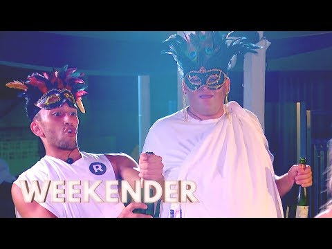 Savvas Throws a Big Fat Greek Party! | Ibiza Weekender