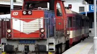 preview picture of video 'Vlaky Břeclav: VELKÉ LEGO, příjezd + posun Os 4511, start Os 4512, 13.8.2010'