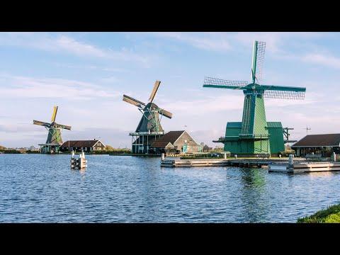 Amsterdam – Zaanse Schans Windmills, Marken and Volendam Half-Day Trip