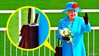 Dlaczego królowa Elżbieta II zawsze nosi ze sobą torebkę