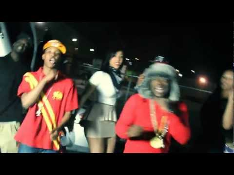 Massacre (Official Video) Khid Loony & Big Juan