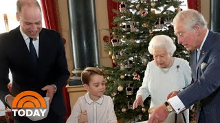 Buckingham Palace Shares New Christmas Pictures Of Queen Elizabeth   TODAY