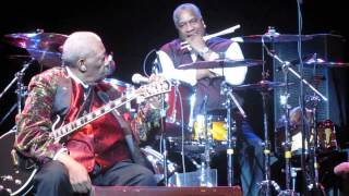 B.B. King - Guitar & Drum Solo