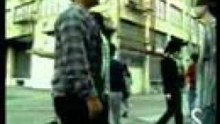 Donde Estan Los Ladrones - Shakira (Video)