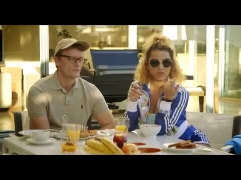 Klovn Forever – Casper, Frank og Cille spiser morgenmad