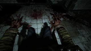 Outlast - Escape doctor & Find key to elevator