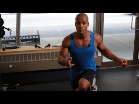 How to Do a Crossover Reverse Lunge | Back Workout