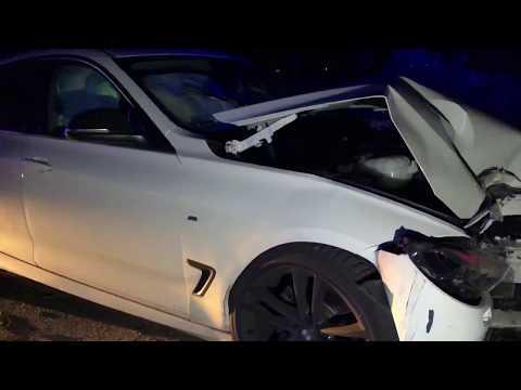Wideo1: BMW uderzyło w drzewo na drodze Strzyżewice - Henrykowo