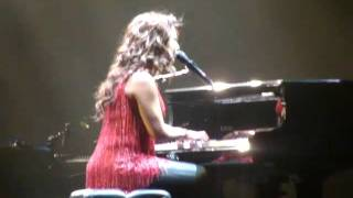 Alicia Keys - Sure Looks Good To Me (Live in Tampa 05/24/2008)
