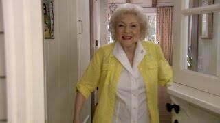 Betty White's House Tour