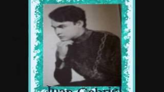 Juan Gabriel: De la cabeza a los pies