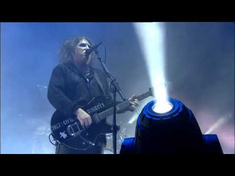 The Cure - Boys Don't Cry Live @ Reading and Leeds Festival 2012 - HQ