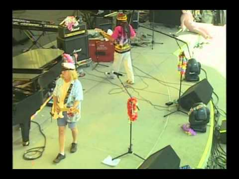 LIVE BAIT VIDEO2010.wmv