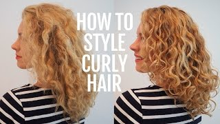 How To Style Curly Hair For Frizz Free Curls