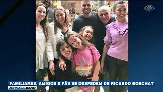 Parentes, Amigos E Fãs Se Despedem De Ricardo Boechat