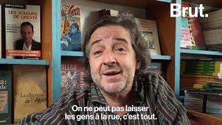 Un libraire parisien accueille des migrants dans sa librairie