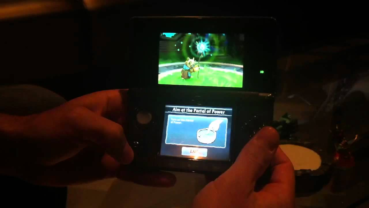 Pulling Action Figures Into A 3DS With Skylanders: Spyro's Adventure