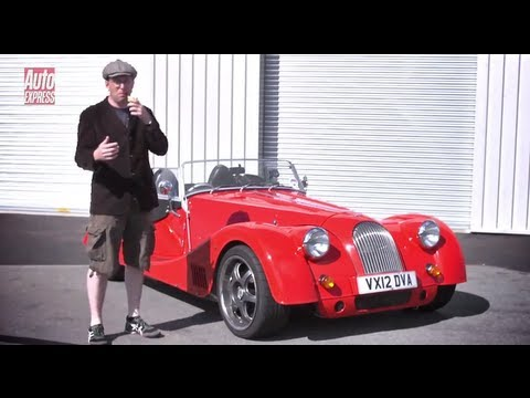 Porsche 911 vs Morgan Plus 8