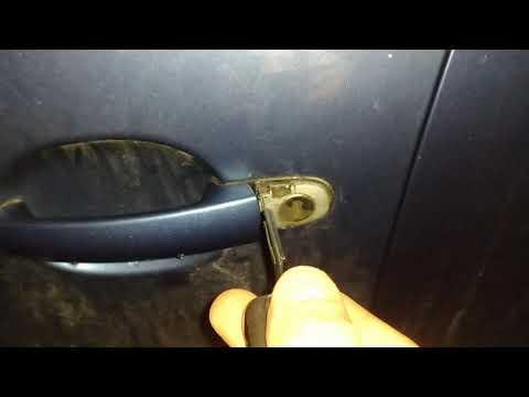 Как закрыть (открыть) двери на VW Tiguan без аккумулятора