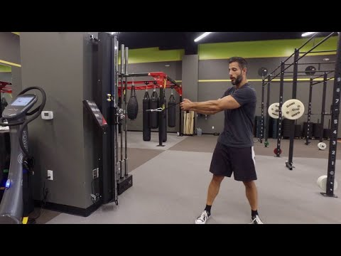 Build An Amazing Midsection with the Side Wood Chop