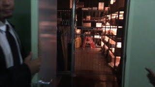 TDW 1626   Secret Room Entry At Universal Studios
