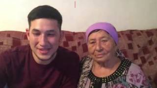 Пенсионерка из Казахстана читает рэп