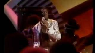 Midnight Special Al Green Tired Of Being Alone.mp4