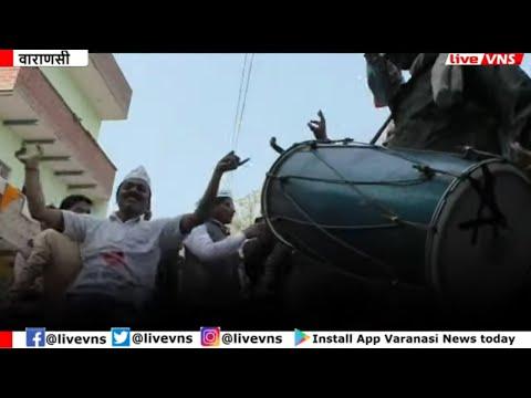 केजरीवाल फिर बने दिल्ली के 'सरकार', पीएम मोदी के संसदीय क्षेत्र में मना जश्न