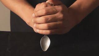 تعلم العاب الخفة # 457 اعوجاج الملعقة .حيلة للمبتدئين Magic Trick Revealed