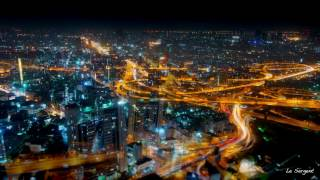 preview picture of video 'Pathumwan Downtow area skyline 4K timelapse from Baiyoke sky hotel and Khao San Road Bangkok'