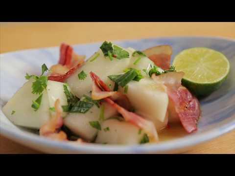Яркий салат из дыни. Итальянская кухня в азиатском стиле.