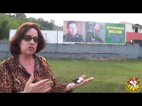 Dra Conceição Fala Sobre a Intervenção Militar em frente ao Outdoor em São Lourenço da Serra