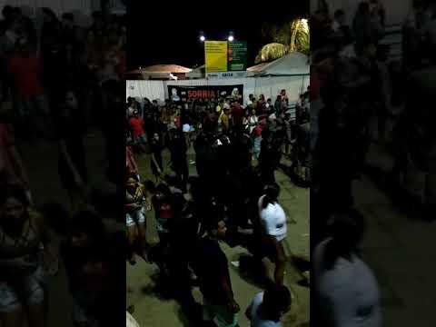 Seguranças não deixa ninguém voutar a festa de bom Jesus dos Navegantes em Penedo.