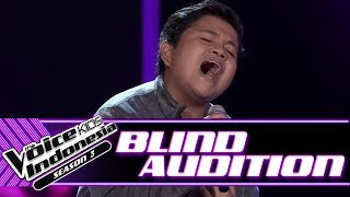Billy - Firasat   Blind Auditions   The Voice Kids Indonesia Season 3 GTV 2018