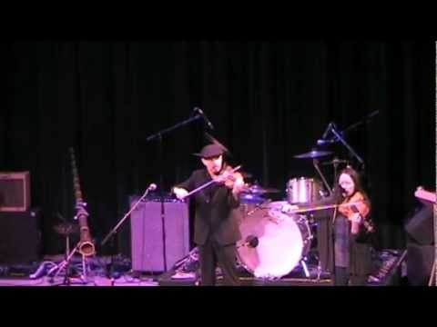 Black Is The Color performed by Tamra Hayden (vocals, viola) and Kailin Yong (violin) @ The Rialto