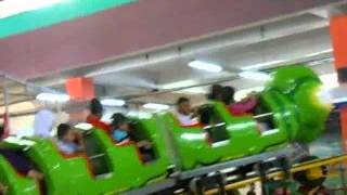 preview picture of video 'Mini Roller Coaster Kings Bandung Indonesia'