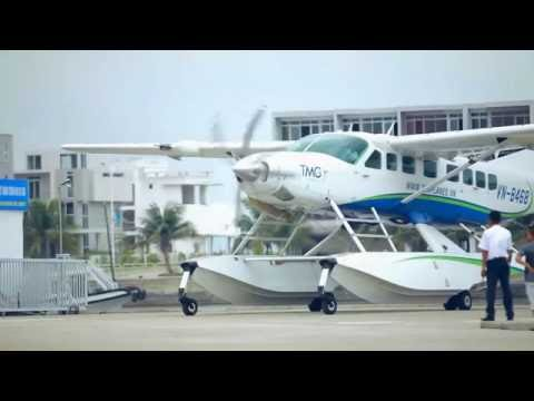Fly 300m over Halong bay with Seaplane