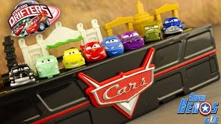 Disney Cars Micro Drifters Boite Rangement Radiator Springs Flash McQueen Jouet Toy Review Kids