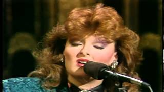 The Judds - November 21st, 1985 - The Tonight Show - Grandpa