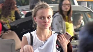 Lily-Rose Depp Looks AMAZING With No Makeup Leaving L.A. For Paris