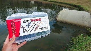 $10 WALMART Fishing Kit BUDGET Challenge (LOADED w/ Bass)