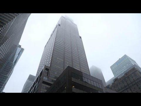 فرود اضطراری و مرگبار بالگرد بر بام آسمان خراشی در نیویورک…