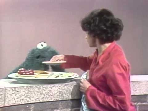 Classic Sesame Street - Maria and Cookie Monster on healthy snacks