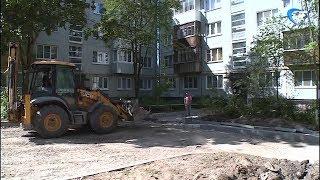 Почти половину из запланированных 150 дворов Новгородской области уже отремонтировали