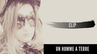 """MiLaDy WaTT - """"Un homme à terre - LEVANTATE !"""" [Official video]"""