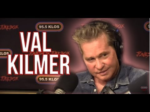Recent video of how Val Kilmer sounds is heartbreaking. Fuck Cancer