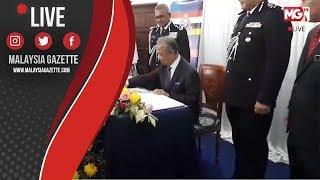 MGTV LIVE   Tan Sri Muhyiddin Mohd Yassin hadir ke Majlis Serah Terima Tugas Ketua Polis Negara